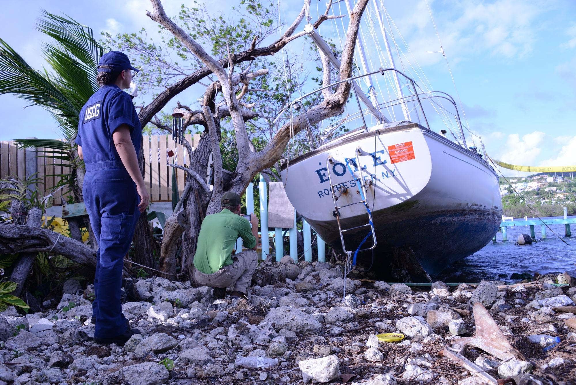 Hurricane Maria Response Crews Conduct Vessel Owner Outreach in Culebra, Puerto Rico