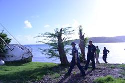 Equipo de Respuesta para el Huracán Maria lleva a cabo labor de concienciación a dueños de embarcaciones en Culebra, Puerto Rico.