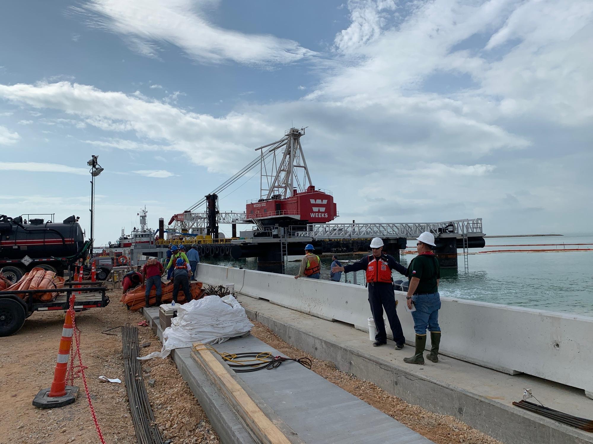 Coast Guard, TGLO responding to hydraulic oil spill near Corpus Christi, Texas