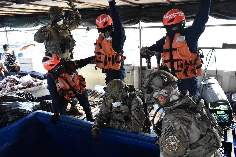 Coast Guard, partner agencies interdict suspected drug smugglers 46 miles northeast of Panama