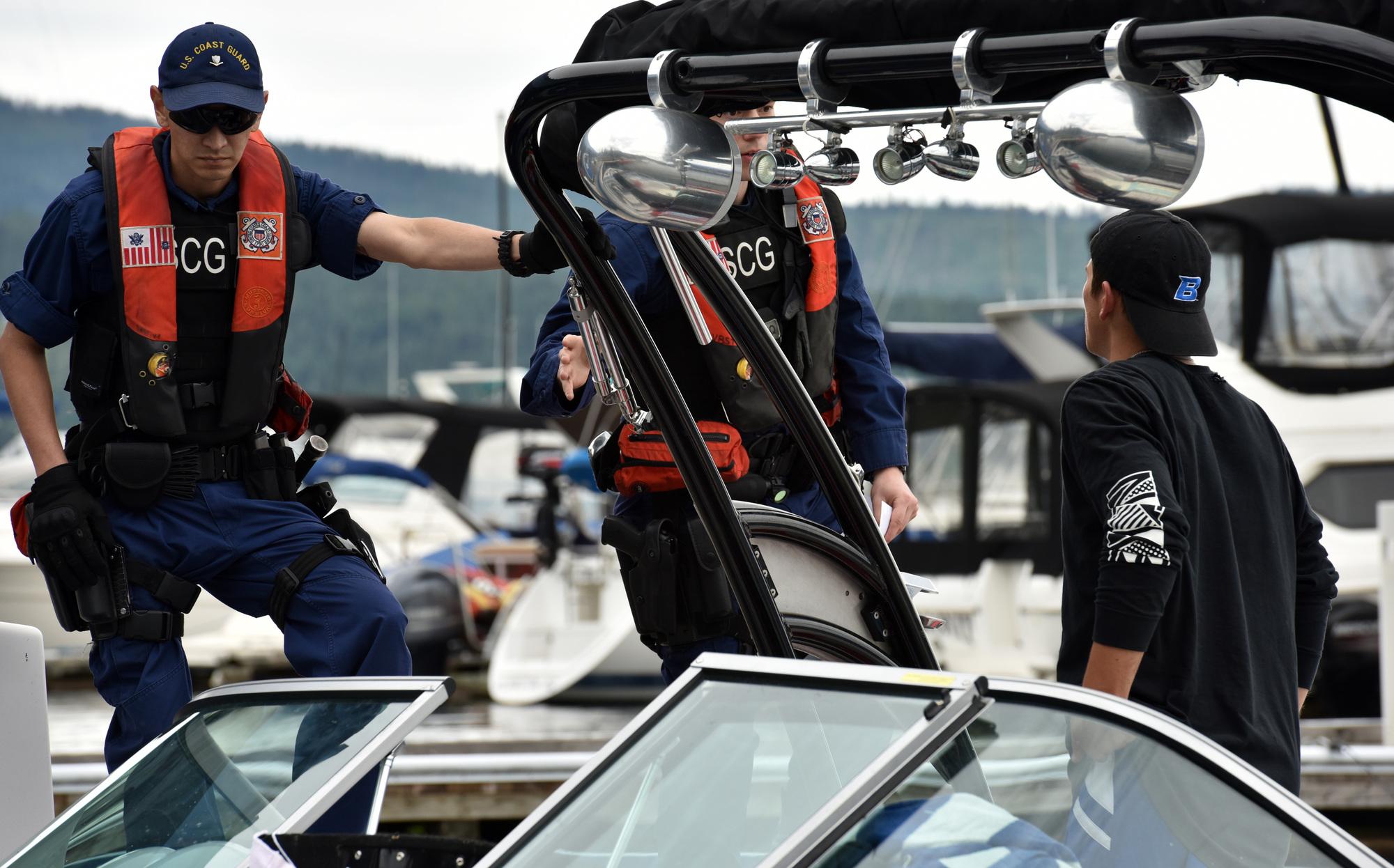 Coast Guard boat crews, Kootenai County Sheriff deputies monitor Lake Coeur d'Alene during 4th of July holiday [Image 4 of 26]