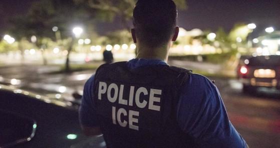 ICE ERO is hiring deportation officers