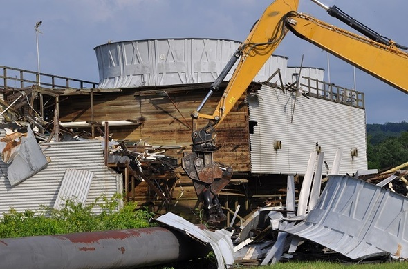 Oak Ridge Water Tower Demolition : Etec demolition of oak ridge s poplar creek facilities