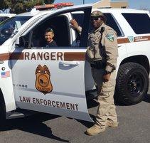 BLM LE ranger participates in community event. Photo by BLM.
