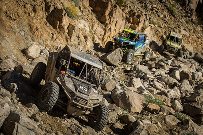 A photo of OHV racing in rocky terrain
