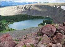 A photograph of a lake.