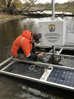 a telemetry station in Mississippi River