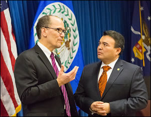Secretary Perez and Ambassador Mendez during the consular partnership agreement signing ceremony.