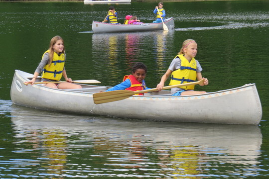 Edgewood early Learning and 5th Grade Buddies Canoe Trip