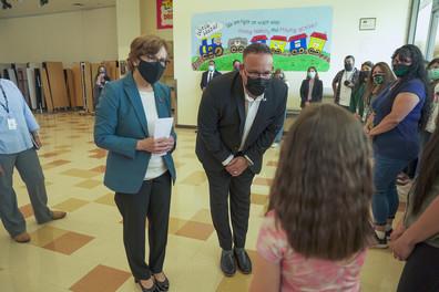 Secretary Cardona visits Oregon school