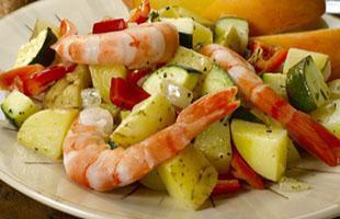 Yellow potato and shrimp saute