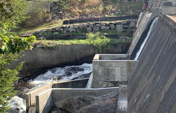 New plunge pool at the base of the dam