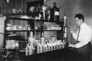 Paul Simon Galtsoff working at his lab in Woods Hole, 1924. Credit: NOAA Fisheries, NEFSC Galtsoff Collection