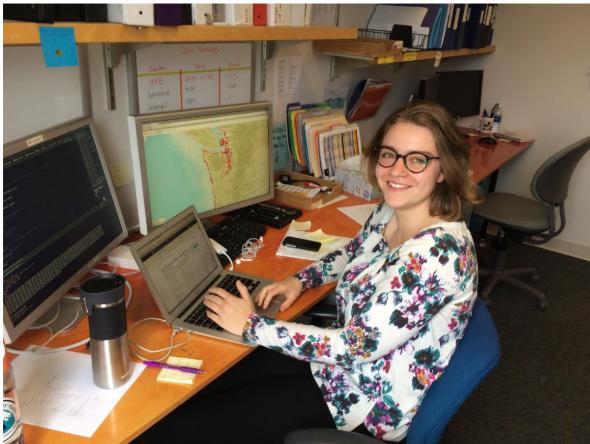 COASST UW undergraduate intern Abby Bratt