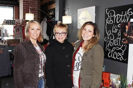 Dottie Overal visits Avery Joe's