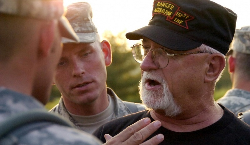 Vietnam Veteran talking with Soldiers
