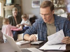 Veteran calculates his parent's funeral costs