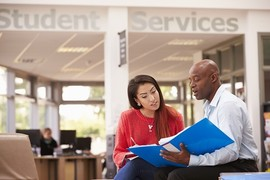 Student Veteran meeting with college counselor