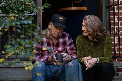 A Veteran talking to his spouse about his alcohol use