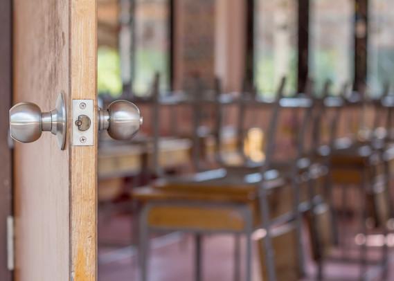 reopen schools_empty classroom