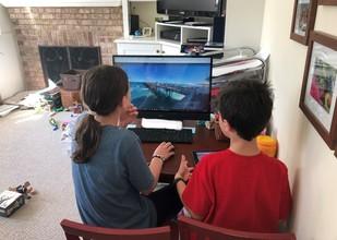 Meren students at computer