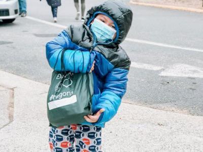Dogwood ES student picks up school supplies