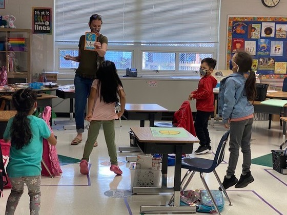 Photo of first grade class in a letter review game