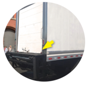 Image of box truck showing a serviceable deck