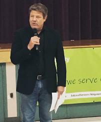 Councilmember Reagan Dunn speaking