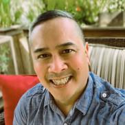 Manny Apostol headshot