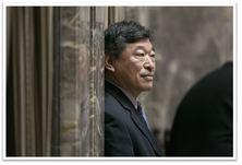 Hasegawa in Senate Wings