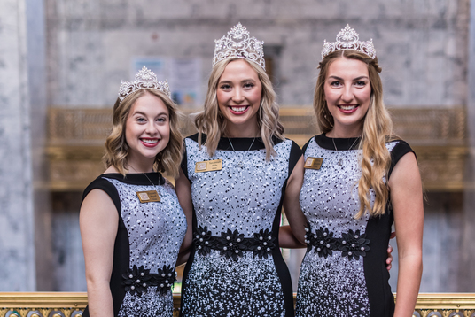 2019 Apple Blossom Court