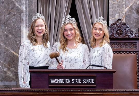 2020 Apple Blossom Royalty on Senate Rostrum