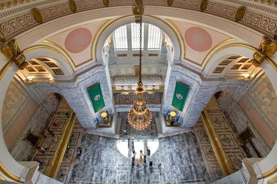 Capitol rotunda from above