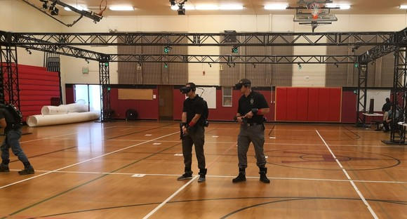 Lynnwood Police Officers Participate in Virtual Reality