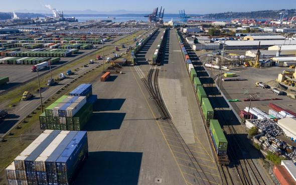 Aerial photo of a rail yard at the Port of Tacoma.