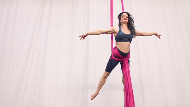 Tanya Brno in the air