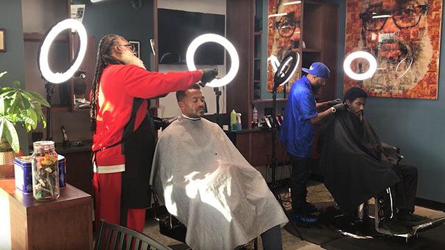 Earl's cuts and barbershop