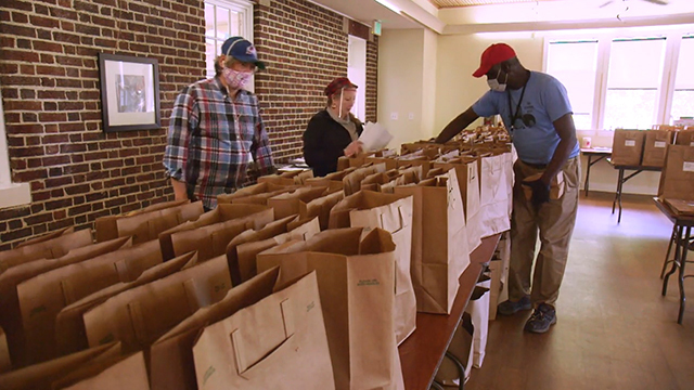 Food access programs help older adults & people experiencing homelessness