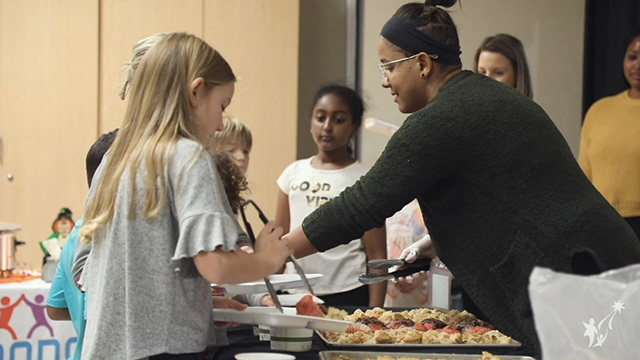 Seattle School serves up culturally diverse lunches