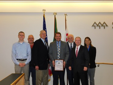 Photo of Council with Directors of Selective Service at Resolution Signing