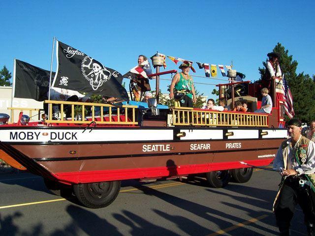 Image of Seafair Pirates in parade