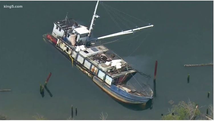 KIng 5 Photo of abandoned vessel