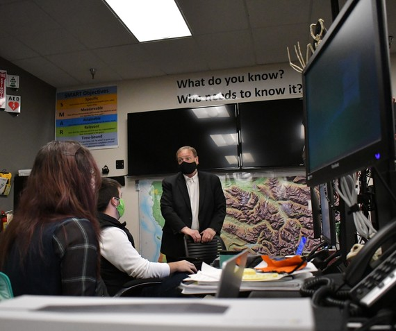 Snohomish County Executive Dave Somers checks in with Emergency Management staff during the COVID pandemic