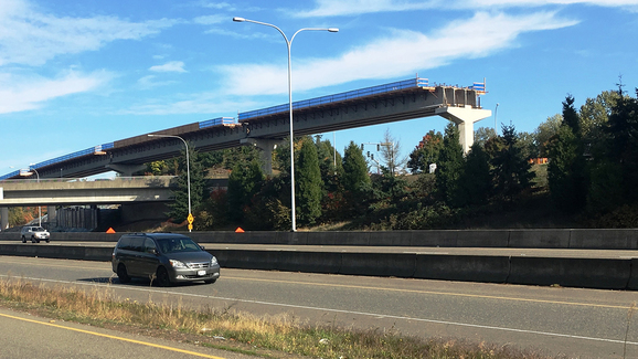 East Link 148th Avenue Northeast elevated guideway.