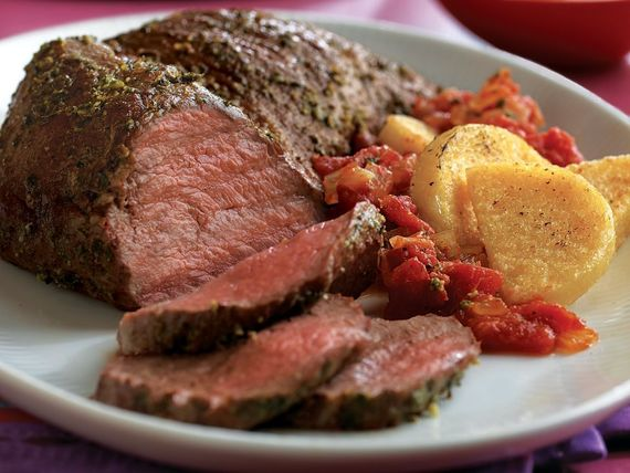 PESTO-RUBBED TRI-TIP ROAST WITH WARM TOMATO SAUCE